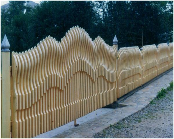Красивые заборы из дерева своими руками фото