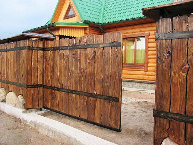 Дизайн деревянных заборов фото